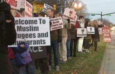 Islamophobia+Rally+EL+People+Road